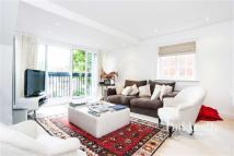 Flat to rent in Wadham Gardens...