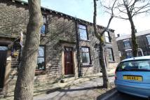 2 bedroom Terraced house to rent in Station Street, Oldham...