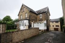Flat to rent in Huddersfield Road, Elland