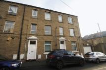 1 bedroom Flat in Frances Street, Elland