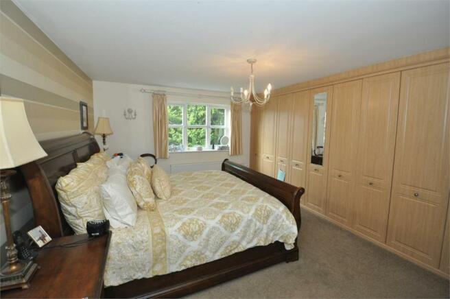Master Bedroom 1 (f