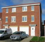 3 bed semi detached house in Beecher Stowe Drive...
