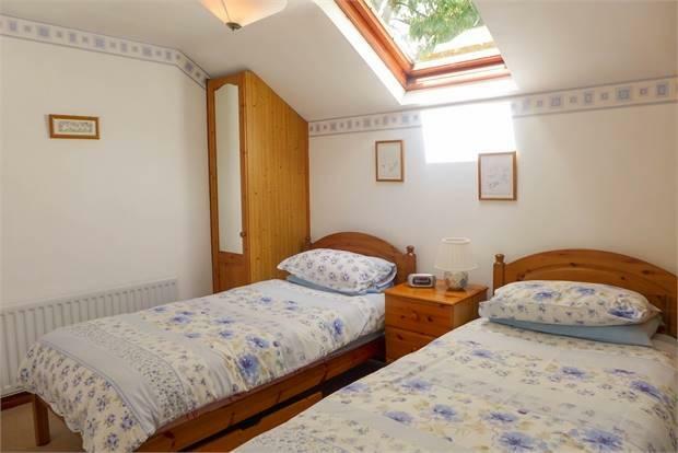 Foxglove Cottage Bedroom 2
