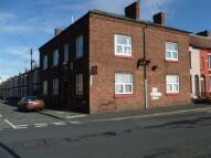 11 Peel Road Flat to rent
