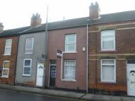 Terraced property to rent in Mary Street, Scunthorpe...