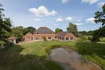 5 bedroom Detached house for sale in Bethersden Road, Smarden...