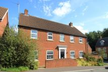 4 bed Detached property in Olivers Court...