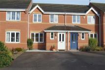 Town House to rent in Colts Close, Burbage...