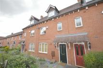 4 bed Town House in Paddock Way, Hinckley...
