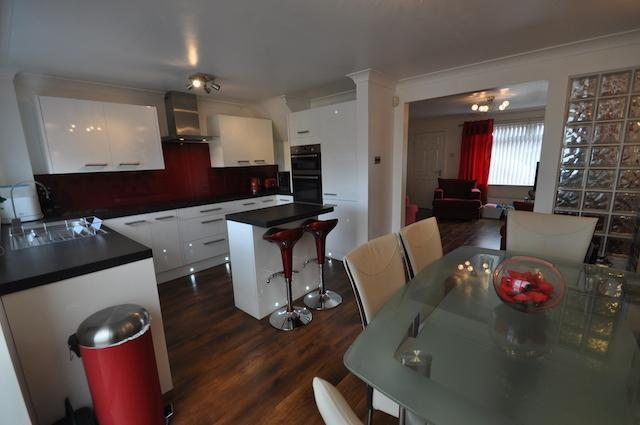 3 bedroom semi detached house for sale in paxdale sutton for Kitchen ideas 3 bed semi