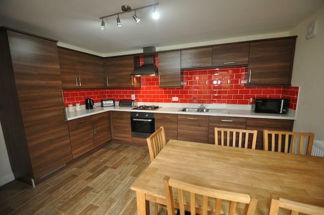 Stunning Modern Dining Kitchen