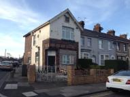 1 bed End of Terrace property in 33 DEYSBROOK LANE...