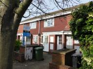 1 bedroom Maisonette in Delaporte Close, Surrey