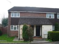 LEATHERHEAD Maisonette to rent