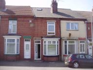 3 bedroom Terraced house to rent in Lower Dolcliffe Road...