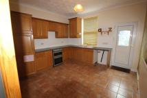 Terraced home to rent in Wortley Avenue...