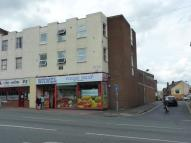 Flat to rent in East Gate, Taunton...