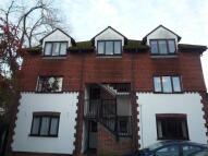 2 bedroom Flat to rent in Bassetsbury Lane...