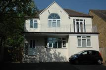 2 bed Ground Flat to rent in High Wycombe