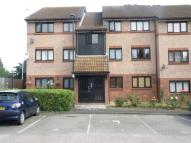Flat to rent in Chaswood Avenue, Enfield