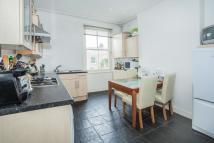 Flat to rent in Shinfield Street...