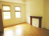Flat in Uxbridge Road, Acton ...