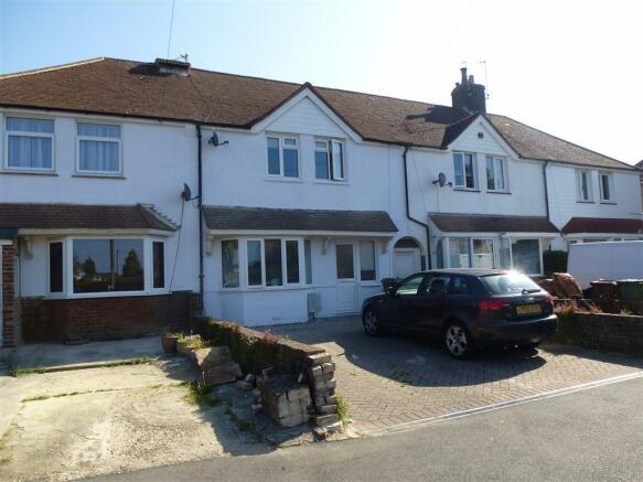 bedroom terraced house to rent in queens crescent eastbourne east