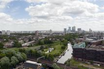 3 bedroom Apartment for sale in Palmers Road, London