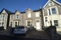 Flat to rent in Moorland Road...