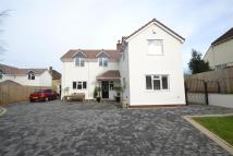 4 bed Detached property to rent in Martcombe Road...
