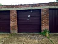 HIGHCLIFFE Garage to rent