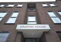 Flat to rent in Graphic House...