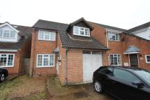 3 bedroom Detached house in Penn Close, Cowley...