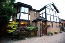 5 bedroom property for sale in Dukes Ride, Ickenham...