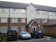 2 bedroom Ground Flat in Addison Court, Epping...