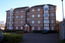 Flat to rent in WOODLAND GROVE, Epping...