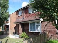 LYNDHURST ROAD semi detached property to rent