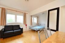 Studio apartment in Penton Rise...