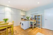 1 bed Flat to rent in Wilmington Square...