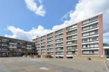 Studio flat to rent in Golden Lane Estate...