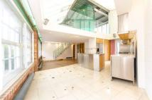 2 bed Flat for sale in Clerkenwell Road...