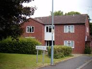 Flat to rent in Black Prince Avenue...