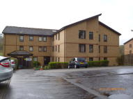 Maisonette to rent in Springbank Gardens...