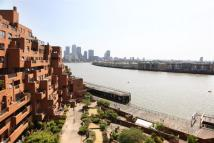 2 bed Flat to rent in Free Trade Wharf...