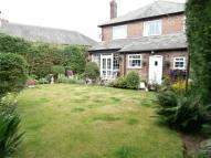 4 bed Detached home in Derbyshire Lane...