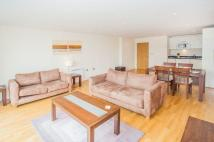 Apartment to rent in 71C Drayton Park, London...