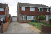 3 bedroom semi detached property to rent in Hithermoor Road...