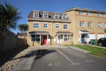 4 bed property to rent in Parkside Place...