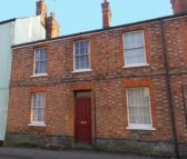 Terraced home in 37 Gloucester St