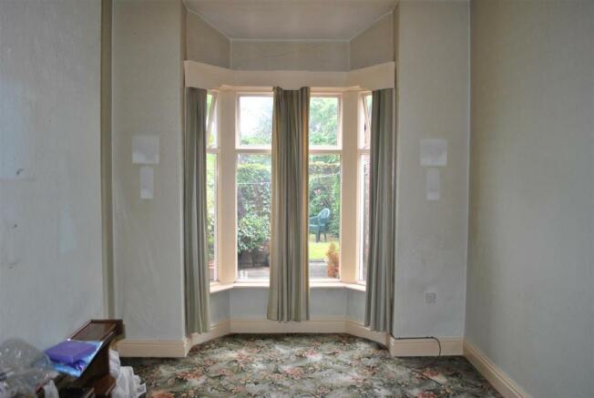 Rear dining/sitting room